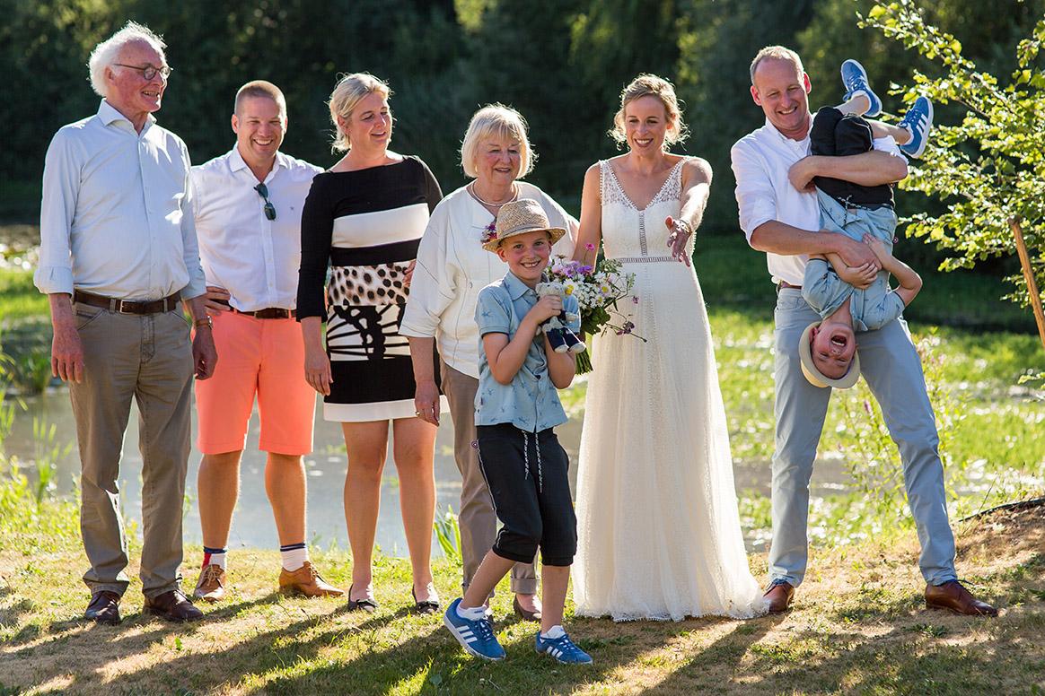 trouwen in Brabant - groepsfoto
