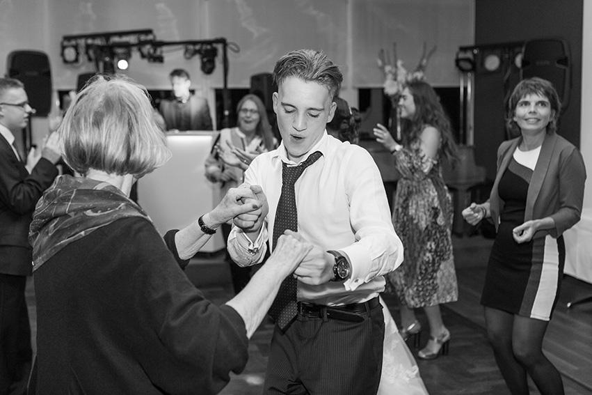 trouwen in Bloemendaal - feest - DJ
