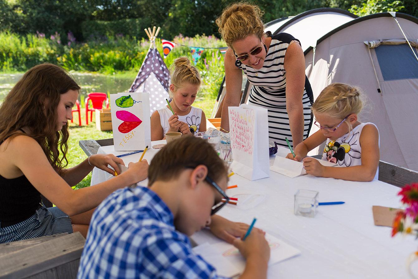 trouwen in Brabant - kinderen kleuren