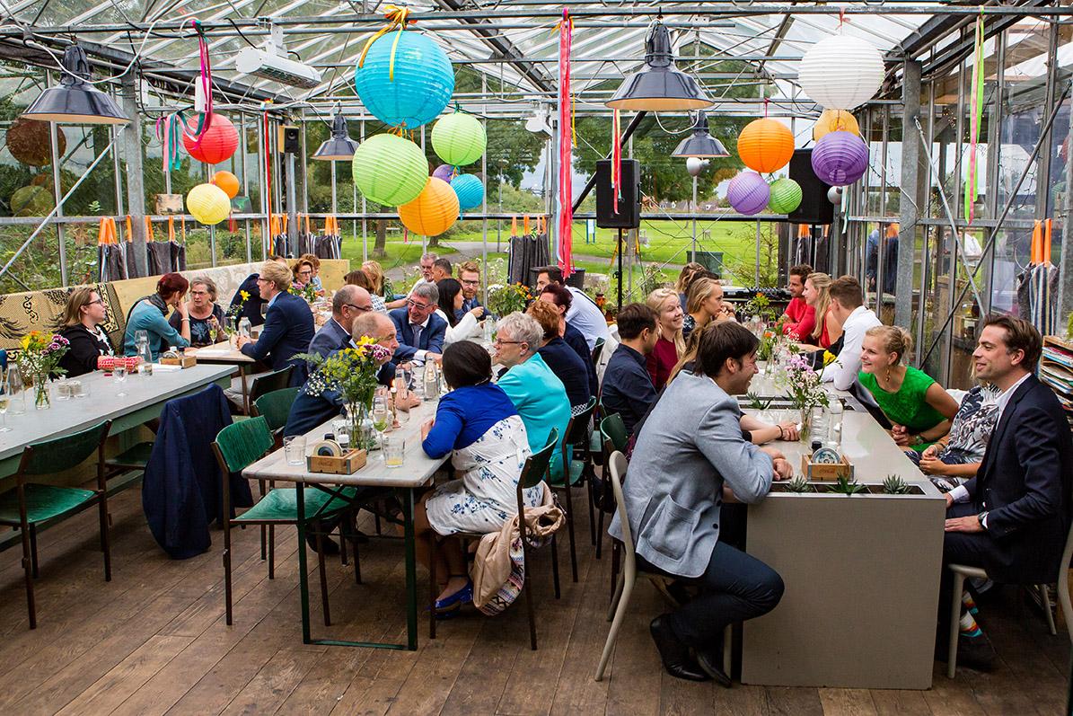 Trouwfotografie in Haarlem - diner in het Veerkwartier