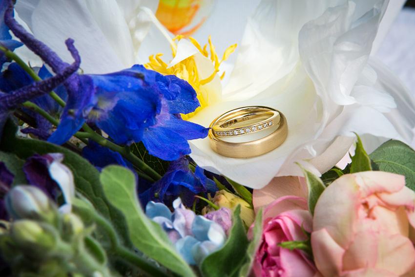 bruiloft in Amsterdam - de ringen