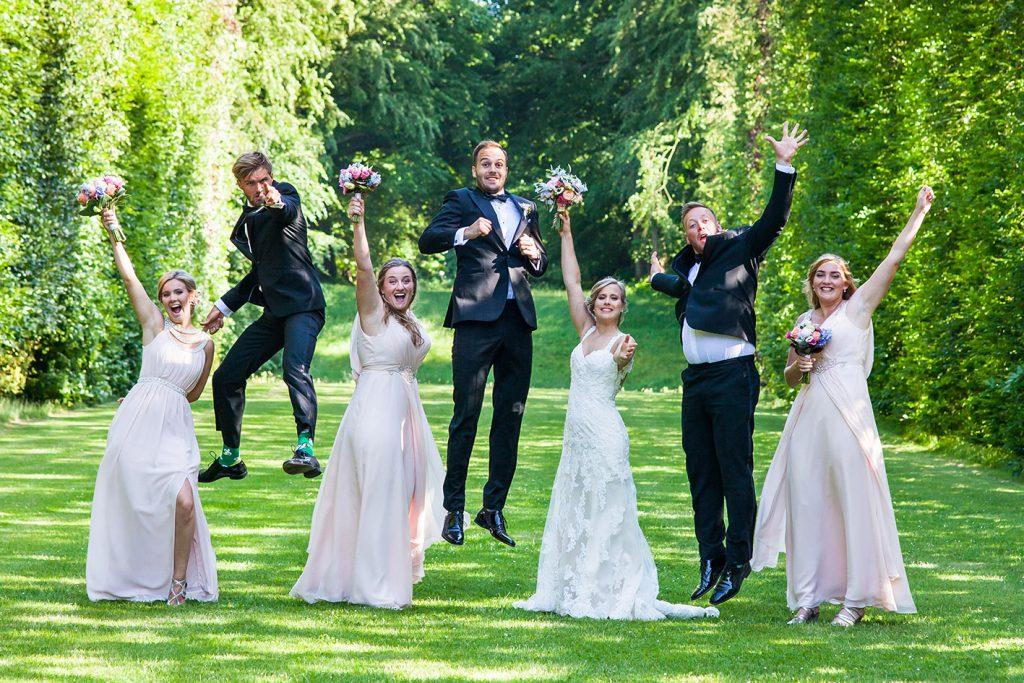 Goede communicatie over de locatie en gasten maakt het werk van een trouwfotograaf eenvoudiger en zorgt voor betere foto's.